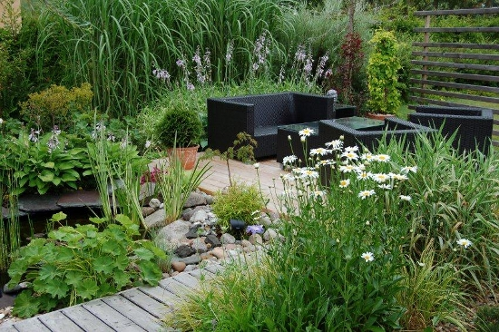 Pr ambule jardin conseil en am nagements paysagers et for Small garden pond care